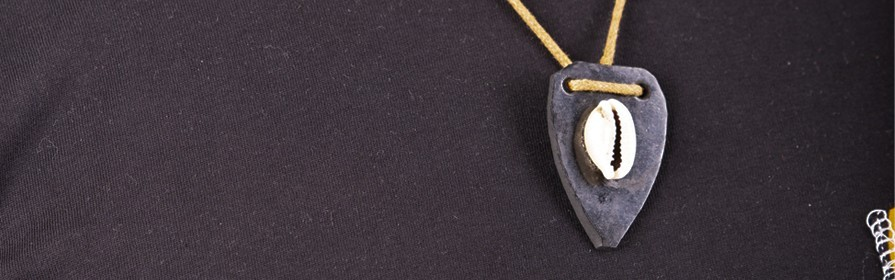 colliers africains | Wax, bois, Os, perles et cauris - Tendiwax